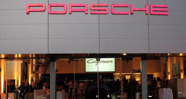 May 2013 | Porsche Centre Jordan reveals new generation Cayman and Cayman S