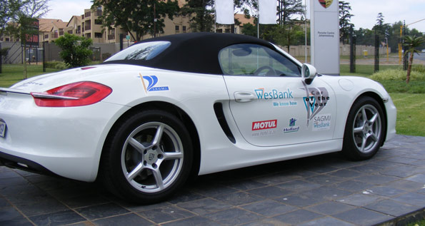 porsche boxster wins south africa car of the year 2013 porsche middle east. Black Bedroom Furniture Sets. Home Design Ideas