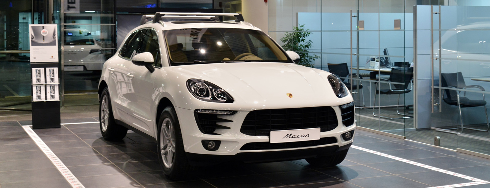 Porsche Centre Kuwait celebrates 20 years of Tequipment