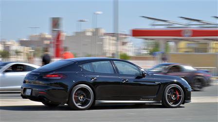 Porsche Centre Kuwait amazes participants at Test Drive Plus events