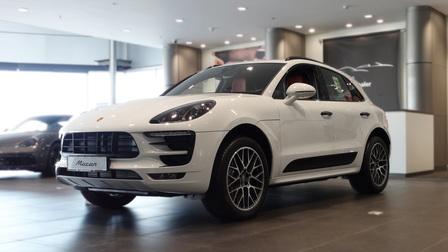 Porsche Centre Bahrain Qualifies As Approved Exclusive Flagship Dealer.