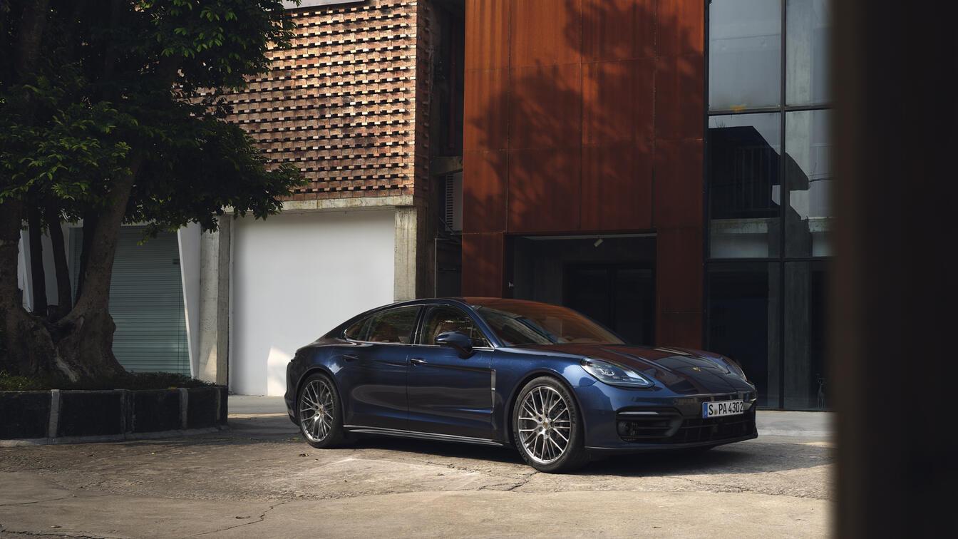 Porsche - Panamera - Edasiliikumine, see on meie olemus.