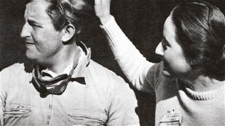 Carel Godin de Beaufort (l.; Race driver) and his sister Cornelie
