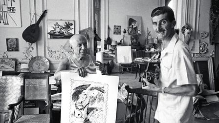 Pablo Picasso (l), Edward Quinn (r) (1956)