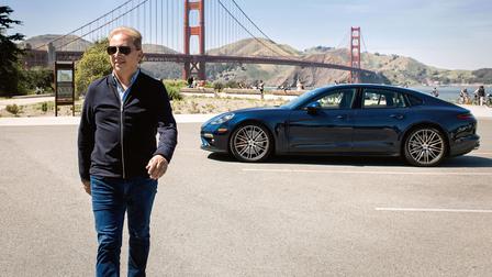 Thilo Koslowski in front of the Golden Gate Bridge, San Francisco