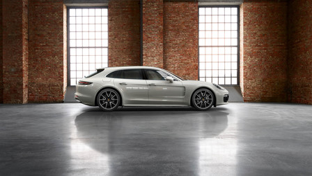 Porsche Exclusive Panamera Turbo Sport Turismo