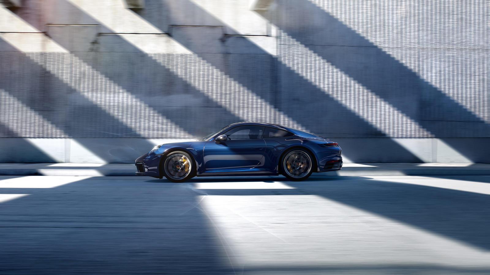 Porsche - 911 Carrera 4S Coupe - Вне времени