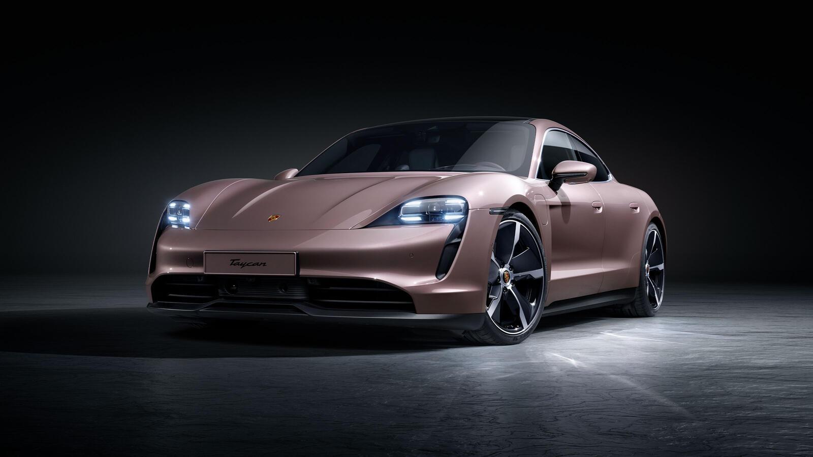 Porsche - Taycan Turbo - Disain
