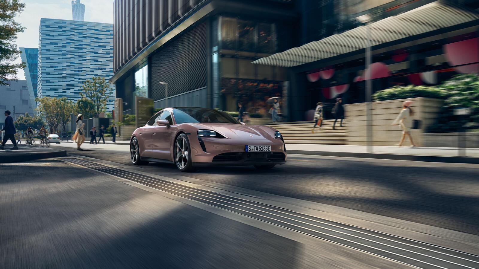 Porsche - Taycan -