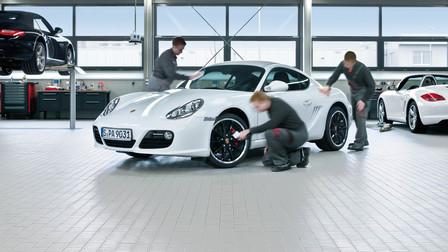 Frühlingserwachen mit Porsche Service