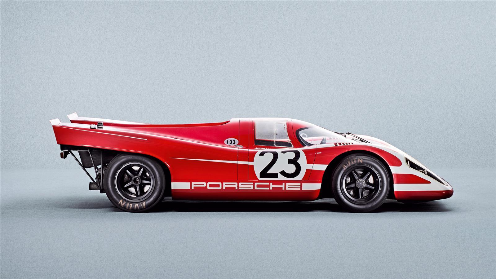 Porsche Financial Services Offers Porsche Dealer Locator