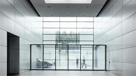 Porsche electrochrome glass wall, design studio