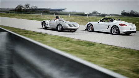 550 Spyder (left) and Boxter Spyder