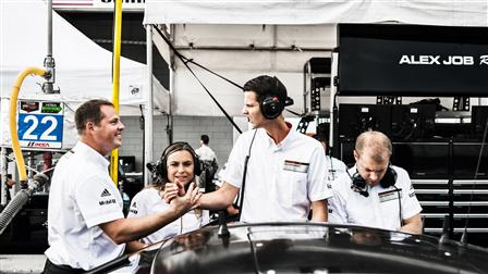 Porsche Pit, Engineers, Sebring (USA)