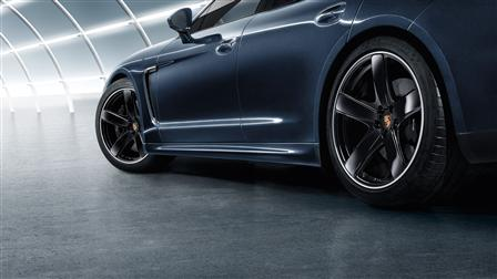 Porsche SportDesign side skirts for the Panamera (2nd generation)