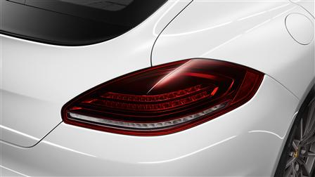 Porsche Dark-tinted LED tail lights for the Panamera (2nd generation)