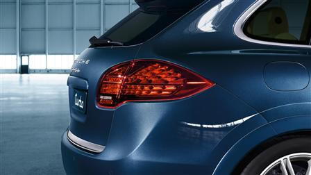 Porsche Dark-tinted LED tail lights for the Cayenne (E2, 1st generation)