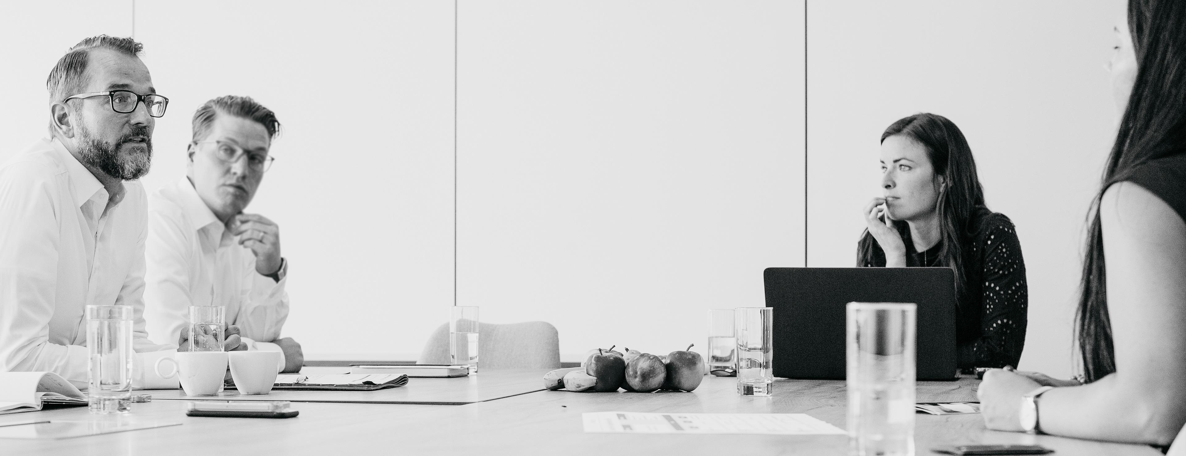 porsche karriere bei porsche deutschland porsche deutschland. Black Bedroom Furniture Sets. Home Design Ideas