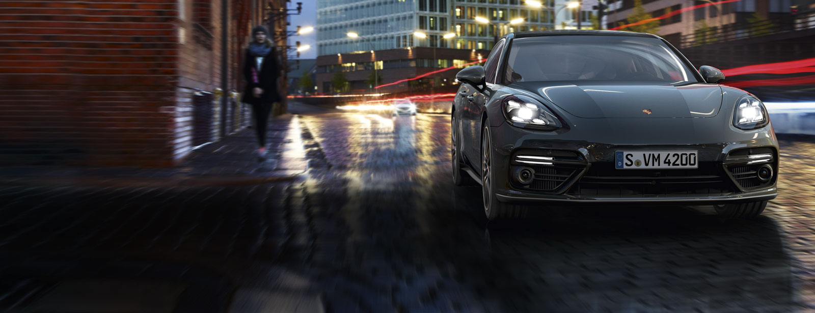 Porsche - Panamera Turbo - Courage changes everything.