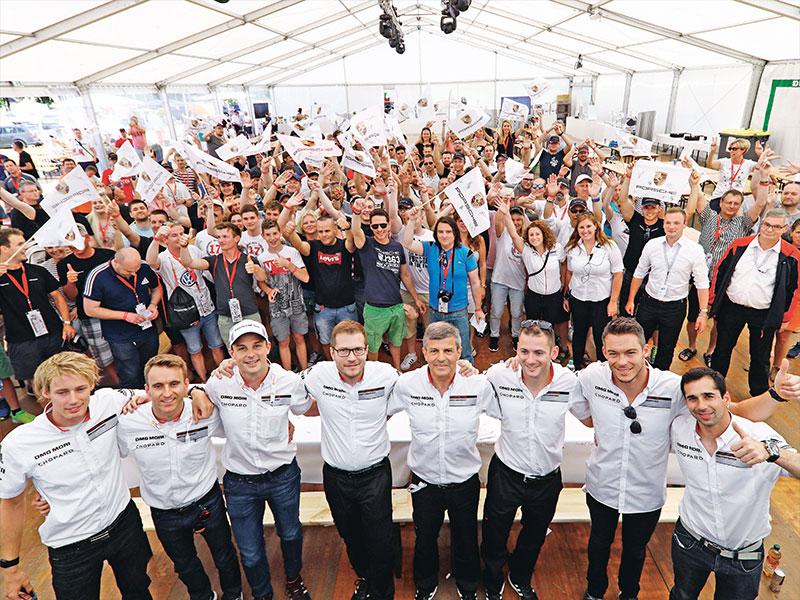 Porsche Hautnah dabei im Mitarbeitercamp