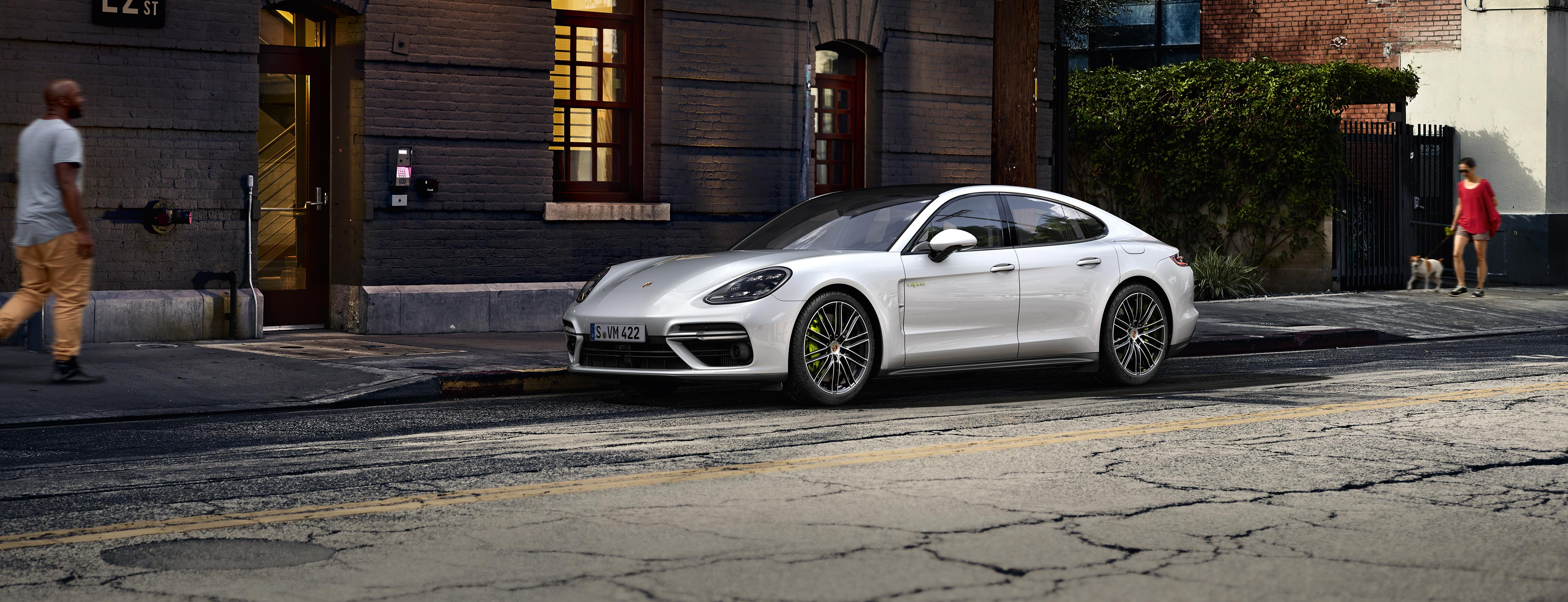 porsche panamera e hybrid models porsche ag. Black Bedroom Furniture Sets. Home Design Ideas