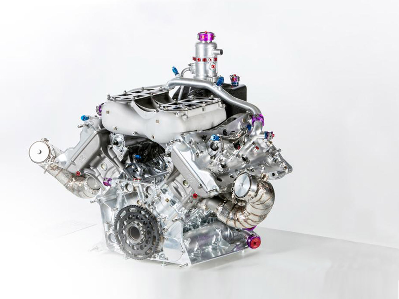 Porsche World champion turbo four-cylinder: innovative power pack and a trendsetter