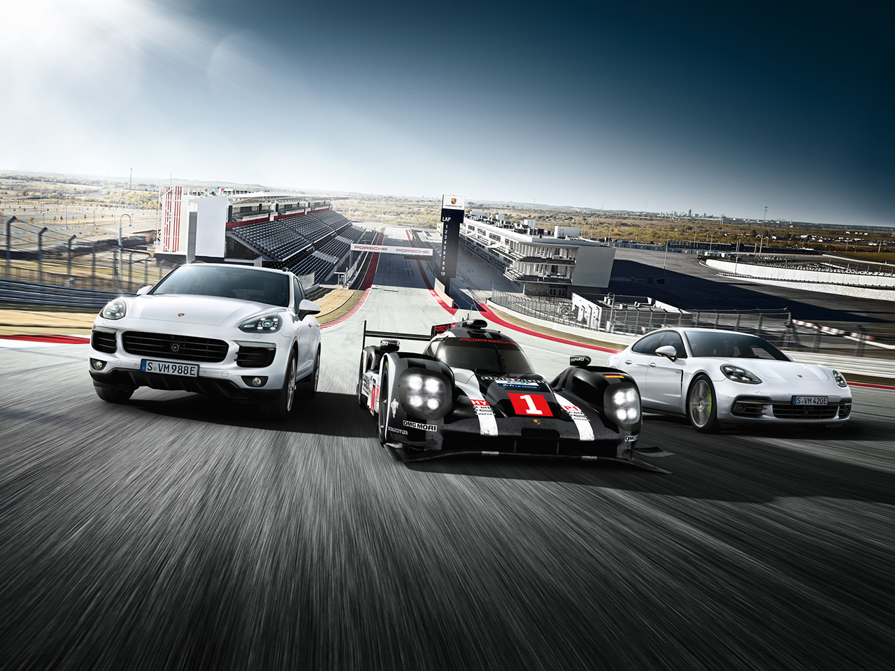 Porsche Von der Rennstrecke auf die Straße. Und wieder zurück.