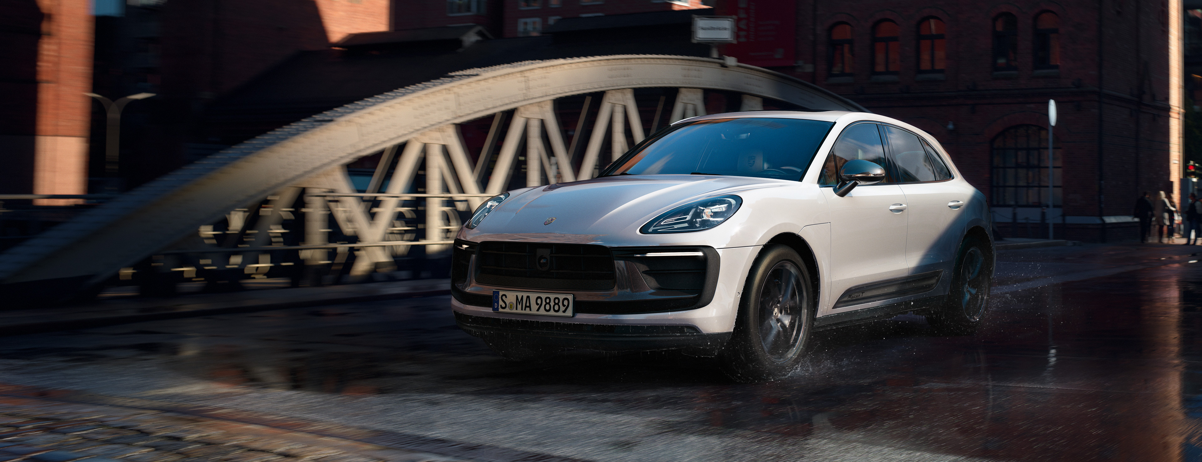 Porsche - Macan Turbo Performance Package - Life, intensified.