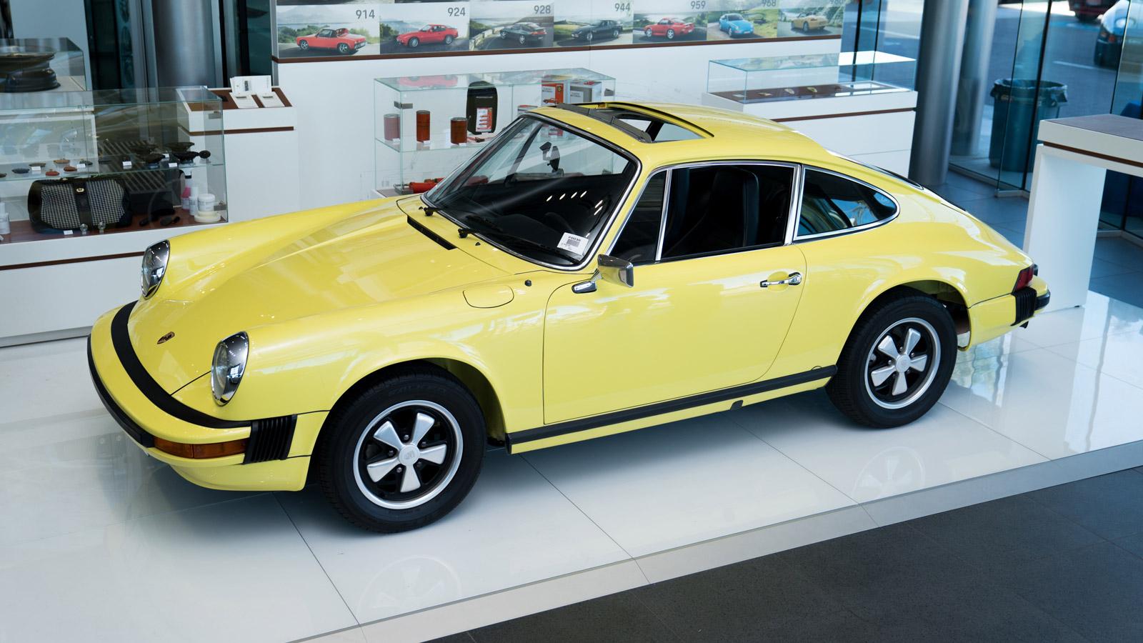 Porsche - Порше Чандлер
