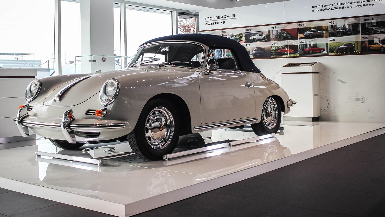 Porsche - Порше Лозон