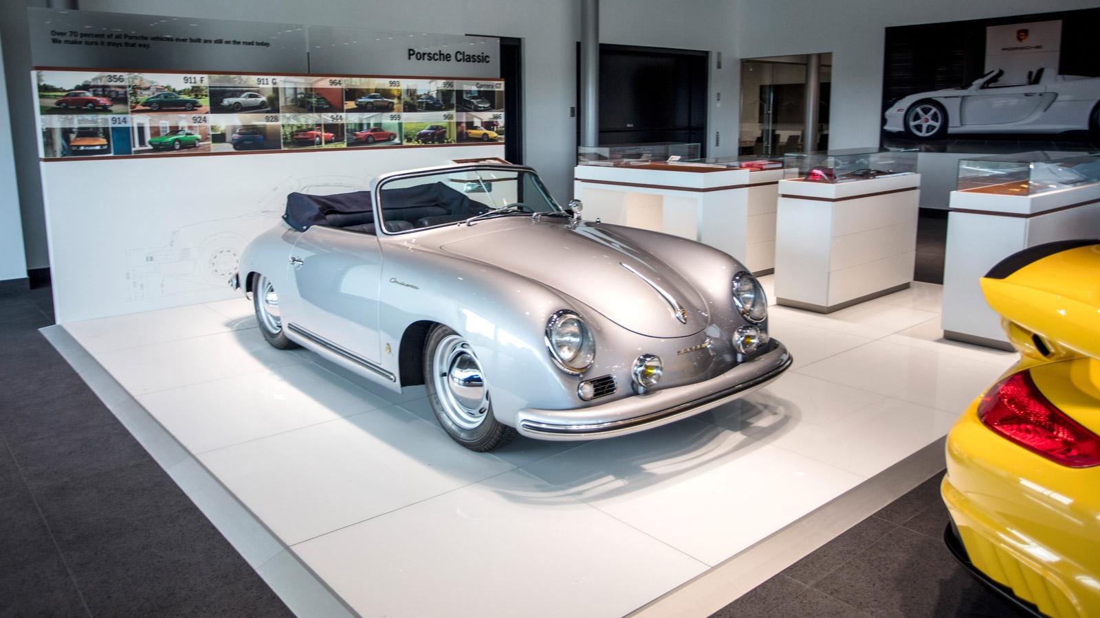 Porsche - Порше Норт-Хьюстон