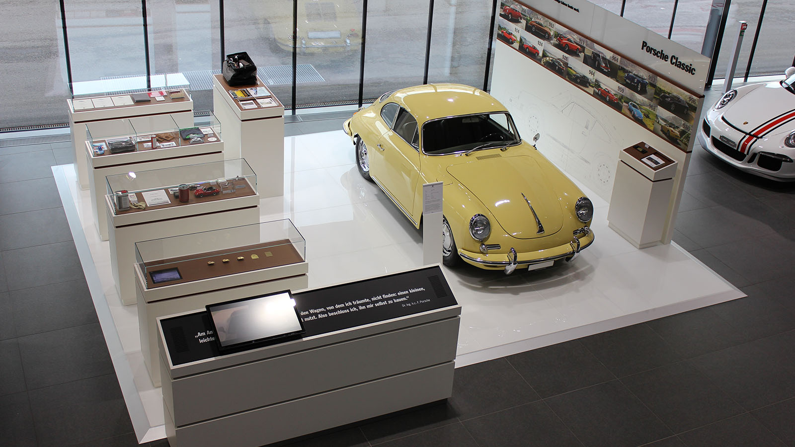 Porsche - Порше Центр Цюрих