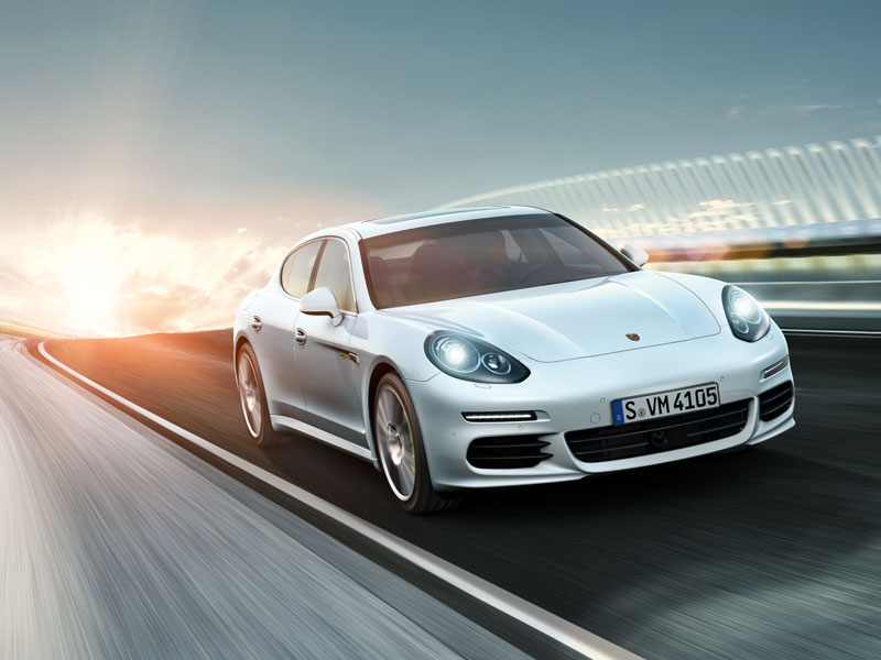 Porsche Panamera Turbo Executive - Interactive Microsite