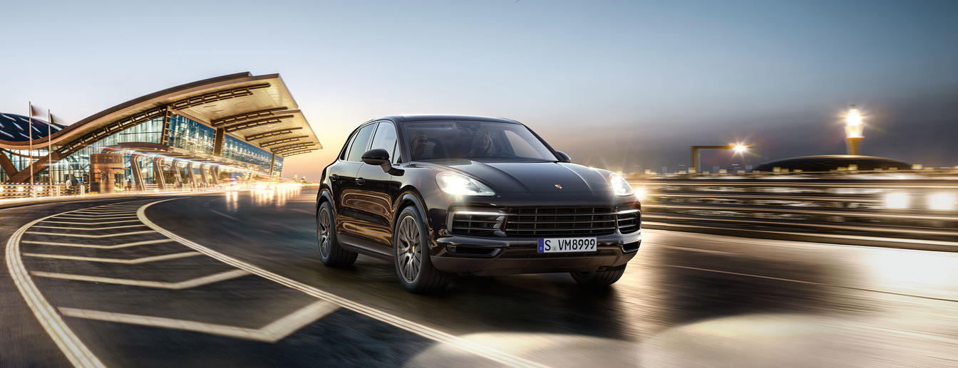 Porsche - Sportscar Together. - The new Cayenne.