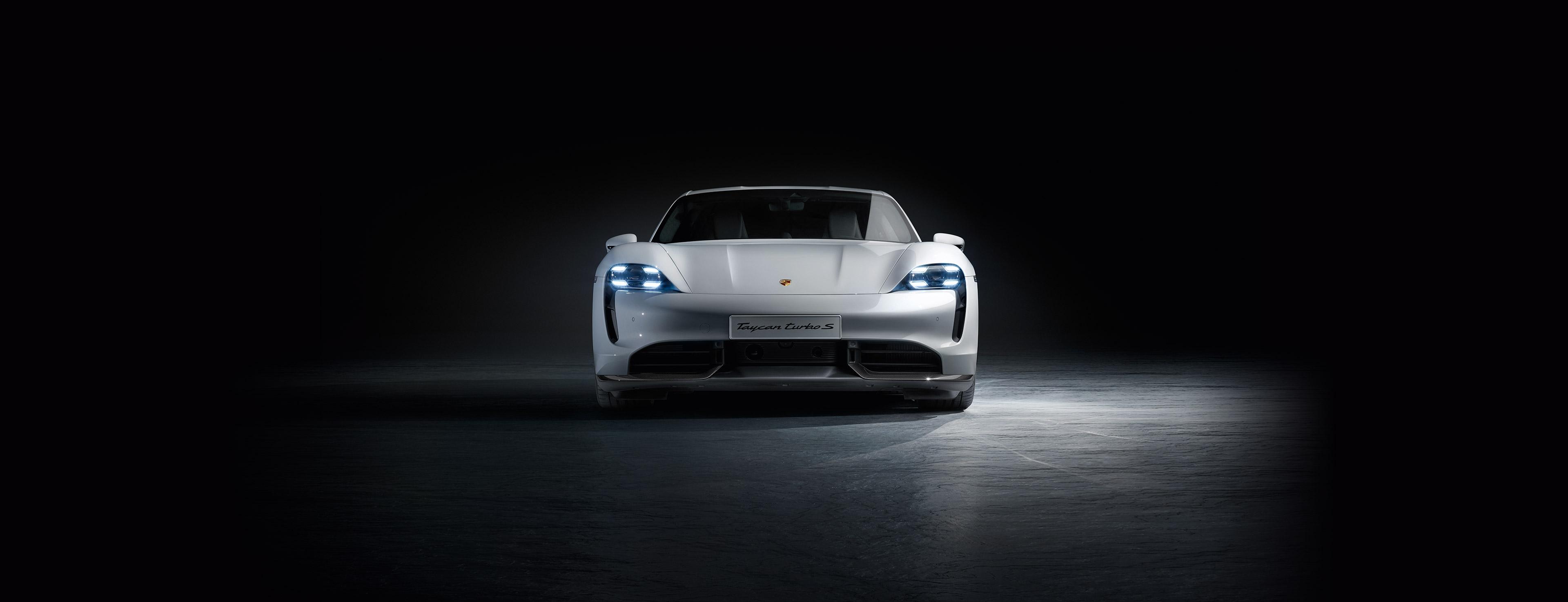 Porsche España - Dr  Ing  h c  F  Porsche AG