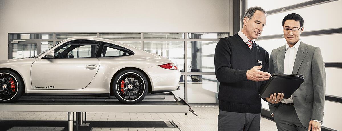 Porsche Confucius At Service Porsche USA - Porsche service