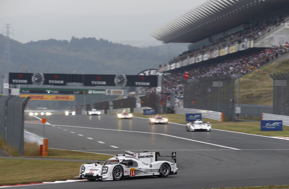 Porsche AG: Podium finish and fourth place for the Porsche ...