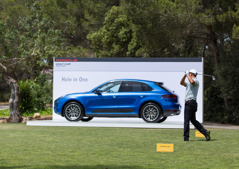 Porsche Ag Thrilling Sport At The Porsche Golf Cup World