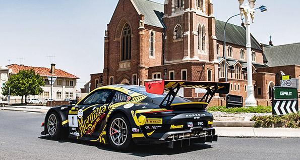 Porsche 911 GT3 R, EBM