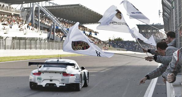 Porsche 911 RSR (91), Porsche Team Manthey